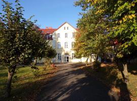 Apartament Parkowy, family hotel in Kętrzyn