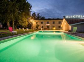 Aliotel, hôtel à Cazères-sur-l'Adour