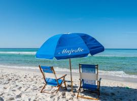 Majestic Beach Resort by Schulstadt Rentals, resort in Panama City Beach