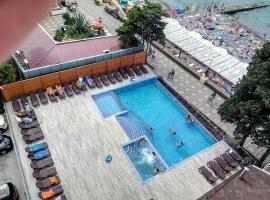Flamingo Hotel 3, hotel in Adler