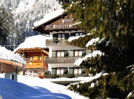 Hotel Garni St. Hubertus, hotel in Madonna di Campiglio