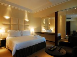 Cosmopolitan Hotel, hotel near Florence Airport - FLR, Florence