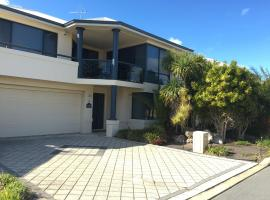 Seahaven by Rockingham Apartments, hotel in Rockingham