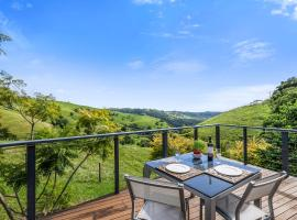 Top Of The Hill, B&B in Maleny