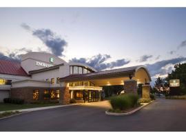Embassy Suites Detroit Metro Airport, hotel near Detroit Metro Airport - DTW, Romulus