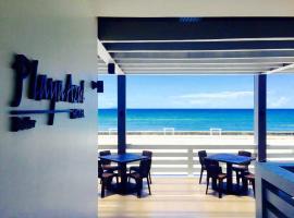 Playa Azul Baler, hotel sa Baler