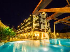 TH beach hotel, hotel in Hua Hin