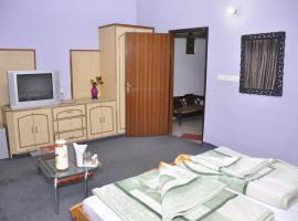 Hotel Pratiksha, hotel in Morādābād