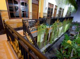 Asta House, guest house in Kuta