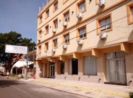 Hotel 17 de Noviembre, hotel in Santa Teresita