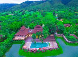 Aureum Palace Hotel & Resort Inle, hotel in Nyaungshwe Township