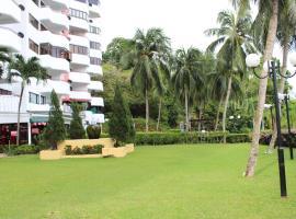 Sri Sayang Resort Service Apartment, apartment in Batu Ferringhi