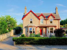 West End Guest House, hotel near Elgin Cathedral, Elgin