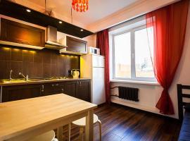 Apartment on Sibirskaya st. 33, hotel near Ploshchad Garina-Mikhaylovskogo Metro Station, Novosibirsk