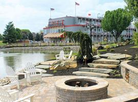 Fulton Steamboat Inn, hotel with jacuzzis in Lancaster