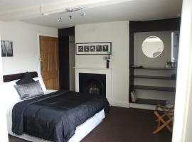 The Forest Lodge, hotel near Sherwood Forest, Edwinstowe