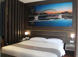 Neotel Hotel City Centre, hotel di Tanjungredep