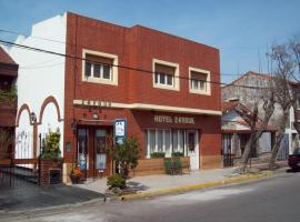 Hotel Cavour, hotel cerca de Playa La Perla, Mar del Plata