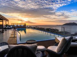 Aguila Hotel Jeju Oceano Suite, hotel in Jeju