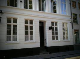 b&b les invités, hotel near Gruuthuse Museum, Bruges