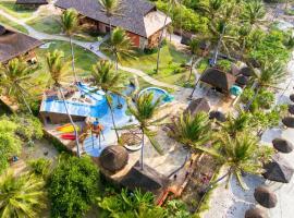 Carnaubinha Praia Resort, hotel with pools in Luis Correia