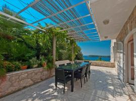 Holiday Home Ivanino, hotel in Dubrovnik