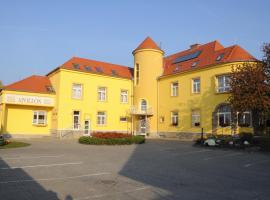 Hotel Apollon, hotel ve Valticích