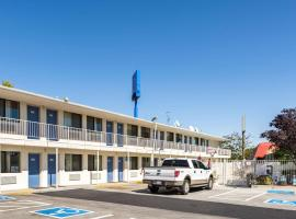 Motel 6-Reno, NV - Virginia Plumb, hotel in Reno