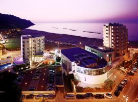 Hotel Baia Flaminia, hotell i Pesaro