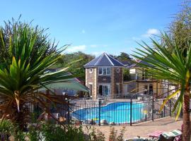 Porth Veor Manor Villas & Apartments, hotel near Newquay Cornwall Airport - NQY,