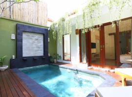 Jas Green Villas and Spa, hotel in Seminyak