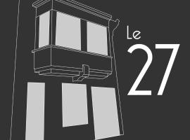 Le 27, apartment in Perpignan
