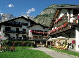 Hotel Del Viale, hotel near Skyway Monte Bianco, Courmayeur