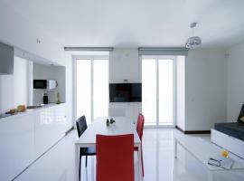 Roisa Suites, hotel in Madrid