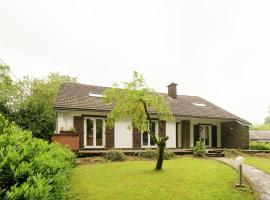 Quaint Holiday Home in Bellevaux-Ligneuville with Sauna, pet-friendly hotel in Malmedy