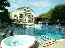 Hotel Flora, hotell i Milano Marittima
