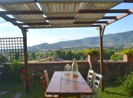 Exotic Cottage in Poggiolo amidst Hills, hotel a Castiglion Fiorentino