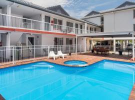 Sunshine Beach Resort, hotel in Gold Coast