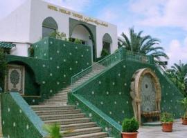 Hotel Moulay Yacoub, hôtel à Moulay Yacoub