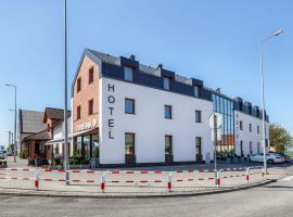Hotel Antek – hotel w pobliżu miejsca PKP Opole Główne w mieście Zlinice