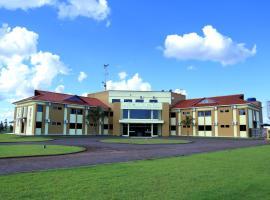 Tio San Hotel, hotel em Mundo Novo