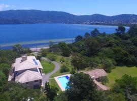 Haute Haus - Guest House, hotel near Lighthouse, Florianópolis