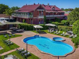 Alzburg Resort, accommodation in Mansfield