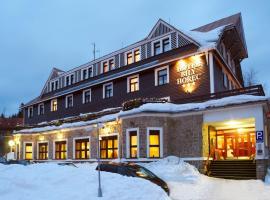 Spa Hotel Bily Horec – hotel w mieście Harrachov