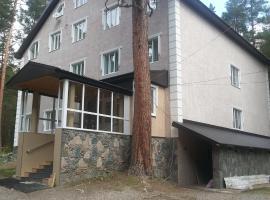 Hotel Teberda-Cheget, hotel in Terskol