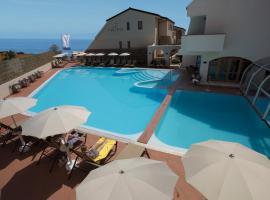 Hotel Tropis, hotel in Tropea
