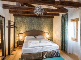 Polo's Treasures, self catering accommodation in Venice