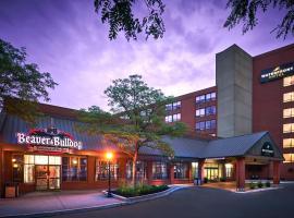 Waterfront Hotel Downtown Burlington, hotel em Burlington