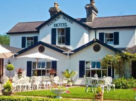 The Station House Hotel, hotel near Tayto Park, Kilmessan