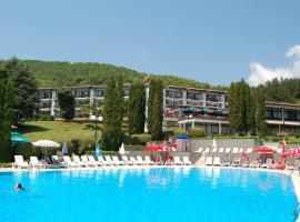 Hotel Makpetrol Struga, hotel em Struga